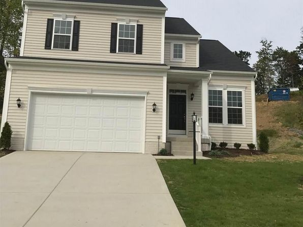 4 bed 2.5 bath Single Family at 465 Oakmont Ct Maidsville, WV, 26541 is for sale at 262k - 1 of 7