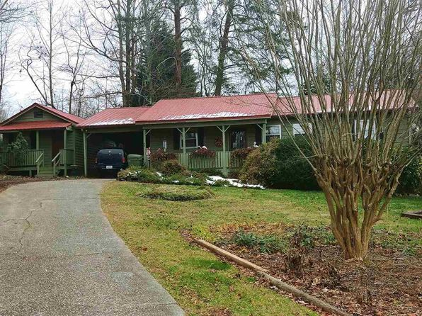 3 bed 2 bath Single Family at 53 Russell St. 5 & Cleveland, GA, 30528 is for sale at 140k - 1 of 14