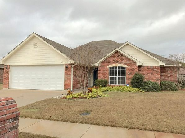 3 bed 2 bath Single Family at 503 Austin Acres Sulphur Springs, TX, 75482 is for sale at 190k - 1 of 19