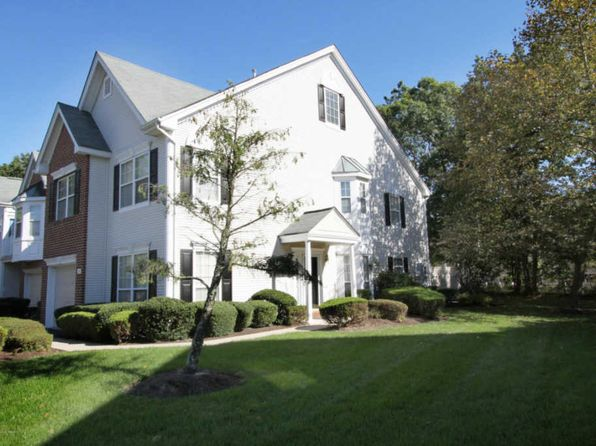 2 bed 3 bath Townhouse at 14 Tanya Cir Ocean, NJ, 07712 is for sale at 340k - 1 of 12