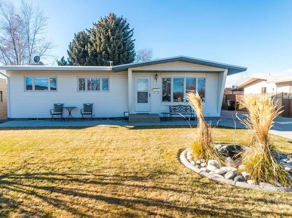 3 bed 2 bath Single Family at 204 30th St W Billings, MT, 59102 is for sale at 240k - 1 of 15