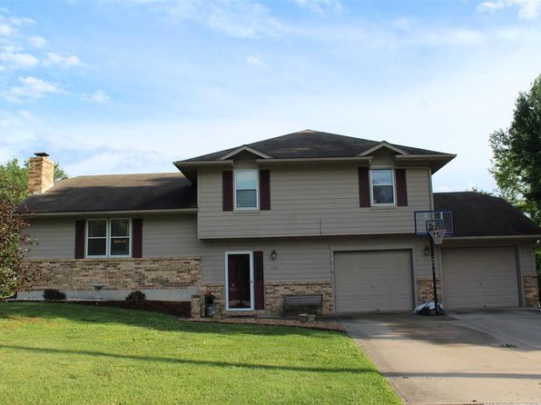 3 bed 3 bath Single Family at 104 W Calvird Dr Clinton, MO, 64735 is for sale at 158k - 1 of 29