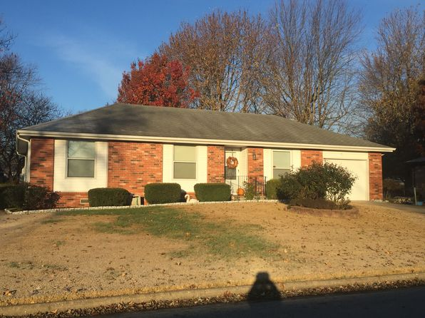 3 bed 1 bath Single Family at 211 N Pinewood Ave Republic, MO, 65738 is for sale at 97k - 1 of 11