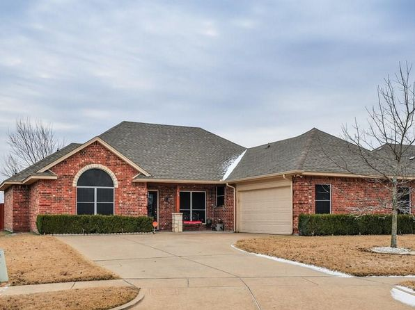 3 bed 2 bath Single Family at 104 Winters Edge Dr Red Oak, TX, 75154 is for sale at 200k - 1 of 30
