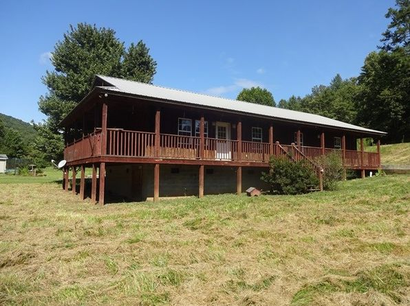 3 bed 2 bath Single Family at 1942 S Skeenah Rd Franklin, NC, 28734 is for sale at 142k - 1 of 12