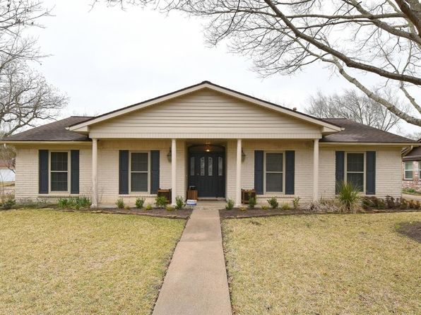 4 bed 2 bath Single Family at 12746 Westella Dr Houston, TX, 77077 is for sale at 275k - 1 of 19