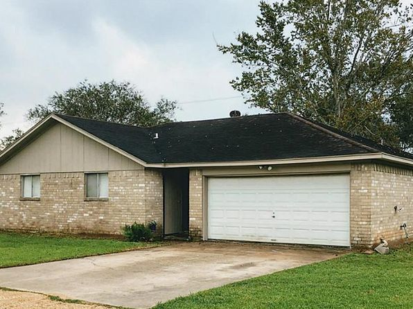 3 bed 2 bath Single Family at 539 TALL TIMBER DR WEST COLUMBIA, TX, 77486 is for sale at 143k - 1 of 14