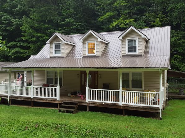 3 bed 2 bath Single Family at 113 Buck Lick Dr Whitesburg, KY, 41858 is for sale at 130k - 1 of 6