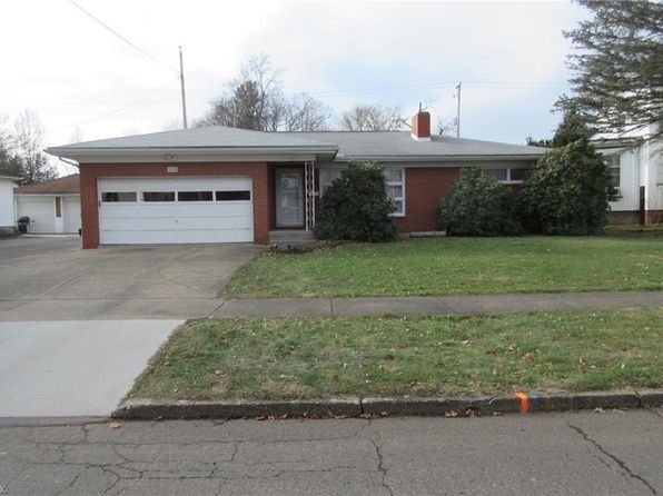 3 bed 2 bath Single Family at 930 Parrish St Uhrichsville, OH, 44683 is for sale at 130k - 1 of 22