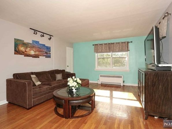 2 bed 1 bath Condo at 460 Clubway Hackensack, NJ, 07601 is for sale at 199k - 1 of 12