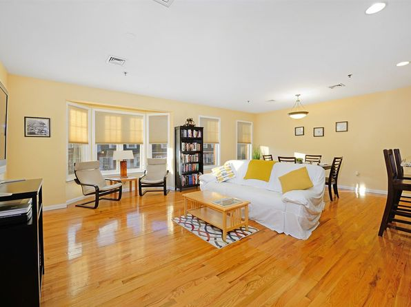 2 bed 2 bath Condo at 83 Grand St Hoboken, NJ, 07030 is for sale at 871k - 1 of 14