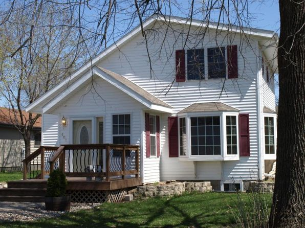 1 bed 1 bath Single Family at 401 Main St Pepin, WI, 54759 is for sale at 165k - 1 of 10