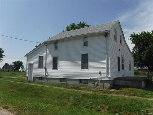 4 bed 1 bath Single Family at 300 State St Fidelity, IL, 62030 is for sale at 40k - 1 of 3