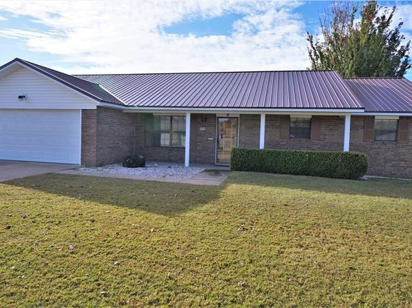 3 bed 2 bath Single Family at 1730 Ridgeview Dr Springdale, AR, 72762 is for sale at 173k - 1 of 23