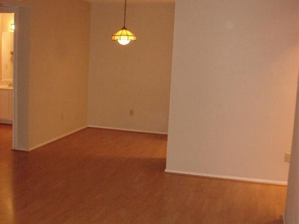 1 bed 1 bath Townhouse at 7950 N Stadium Dr Houston, TX, 77030 is for sale at 118k - 1 of 9