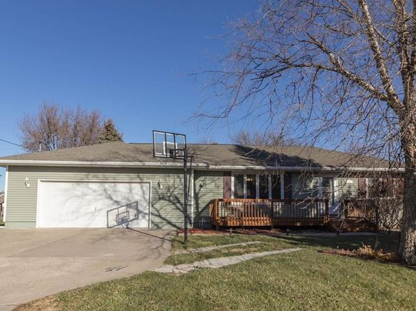 2 bed 2 bath Single Family at 1800 Linden St Granger, IA, 50109 is for sale at 175k - 1 of 16