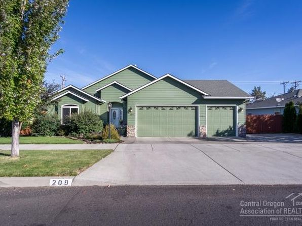 3 bed 2 bath Single Family at 209 SE Soft Tail Dr Bend, OR, 97702 is for sale at 425k - 1 of 25