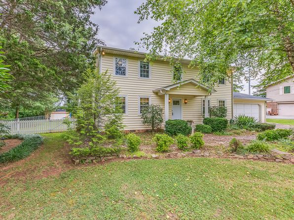 4 bed 3 bath Single Family at 902 Misty Springs Rd Knoxville, TN, 37932 is for sale at 231k - 1 of 31