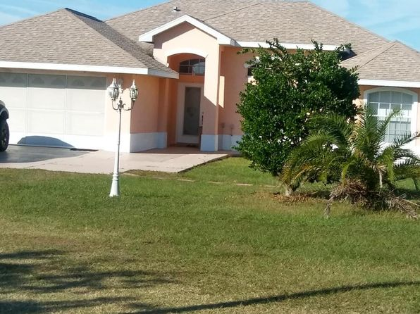 3 bed 2 bath Single Family at 7685 SE 135th St Summerfield, FL, 34491 is for sale at 279k - 1 of 13