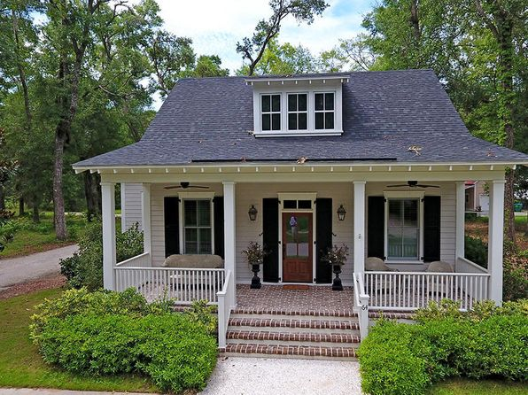 3 bed 2 bath Single Family at 64 MOUNT GRACE BEAUFORT, SC, 29906 is for sale at 475k - 1 of 31