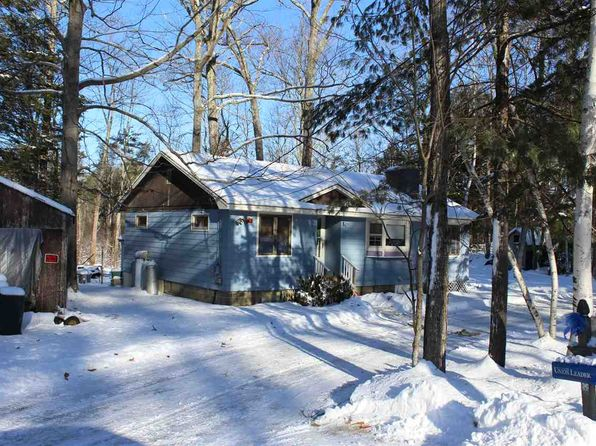 2 bed 1 bath Single Family at 8 Half Moon Ln Kingston, NH, 03848 is for sale at 50k - 1 of 5