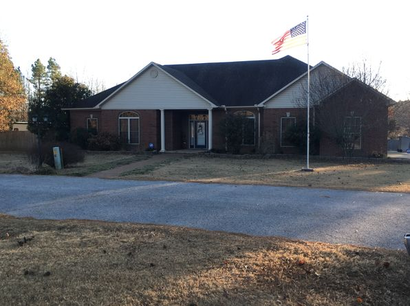 4 bed 3 bath Single Family at 185 Birdie Ln Mountain View, AR, 72560 is for sale at 265k - 1 of 30