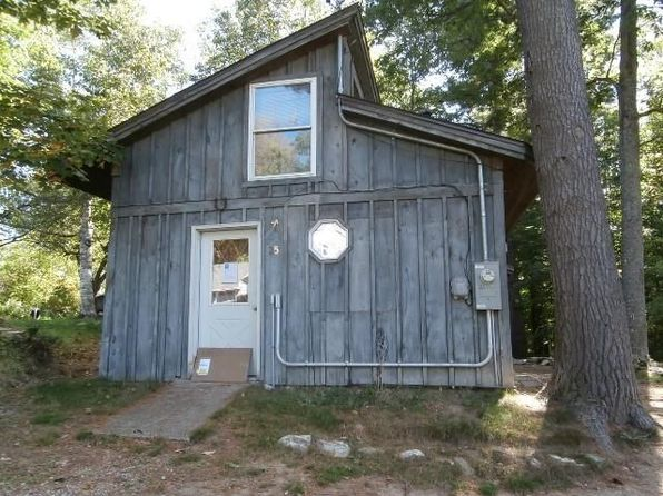 1 bed 1 bath Single Family at 25 SPRING ST LIVERMORE FALLS, ME, 04254 is for sale at 25k - 1 of 4