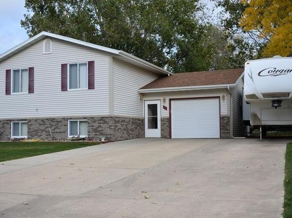 4 bed 2 bath Single Family at 22 Benteen Dr Lincoln, ND, 58504 is for sale at 225k - 1 of 14