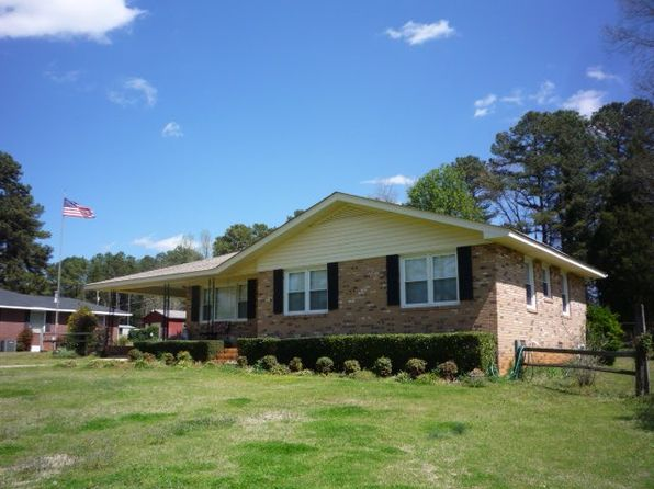 3 bed 2 bath Single Family at 836 Old Douglas Mill Rd Abbeville, SC, 29620 is for sale at 130k - 1 of 24