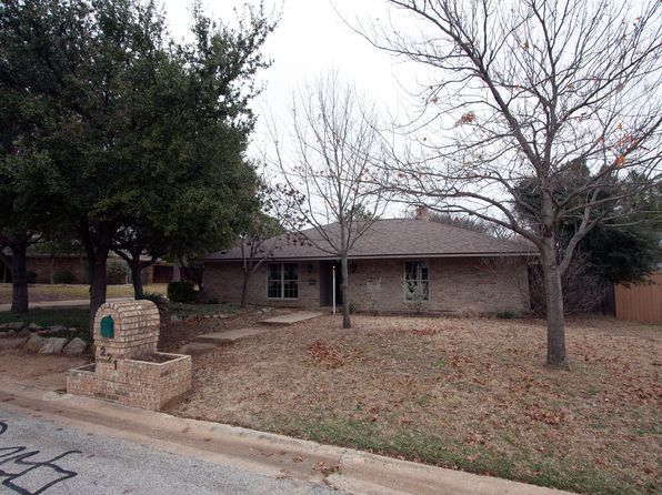 4 bed 3 bath Single Family at 221 Ferndale Dr Lewisville, TX, 75077 is for sale at 370k - 1 of 40