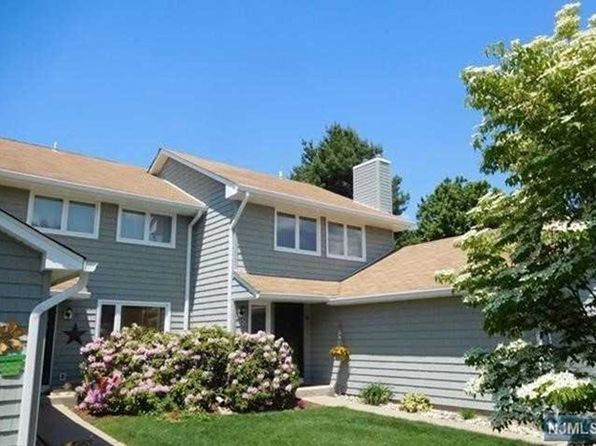 2 bed 3.5 bath Townhouse at 58 Sunset Ct Mahwah, NJ, 07430 is for sale at 459k - 1 of 22