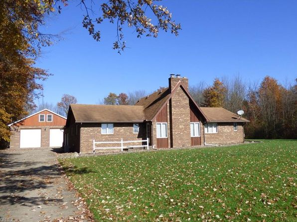 3 bed 2 bath Single Family at 3604 Helsey Fusselman Rd Southington, OH, 44470 is for sale at 240k - 1 of 14