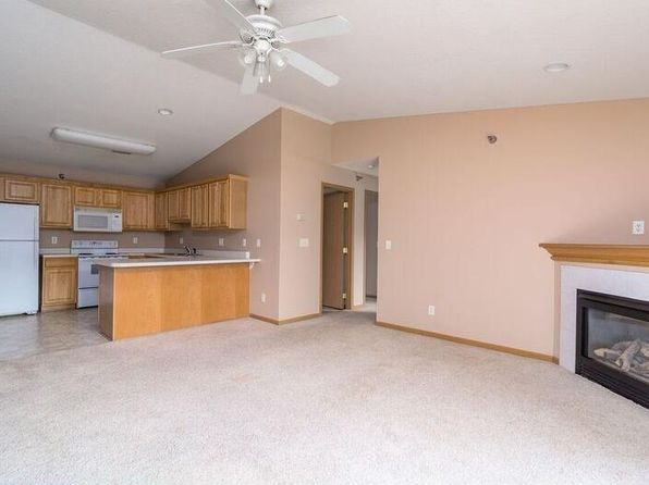 2 bed 2 bath Condo at 5924 Sutton Pl Urbandale, IA, 50322 is for sale at 108k - 1 of 17