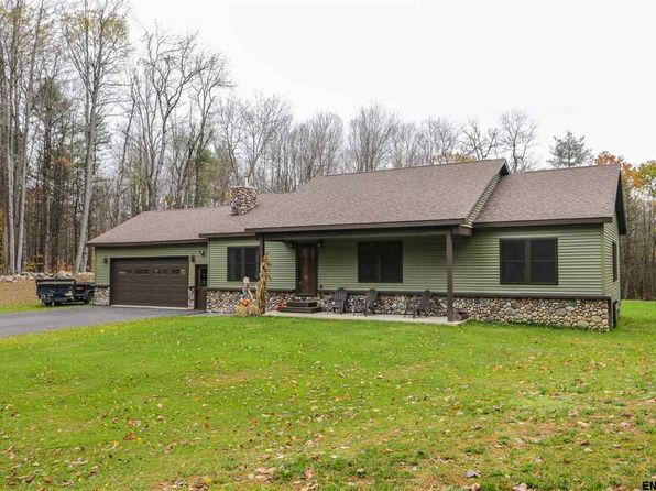 3 bed 2.1 bath Single Family at 125 Egan Rd Gloversville, NY, 12078 is for sale at 260k - 1 of 25