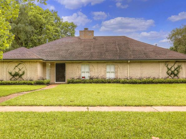 3 bed 2 bath Single Family at 7903 Gulfton St Houston, TX, 77036 is for sale at 299k - 1 of 30