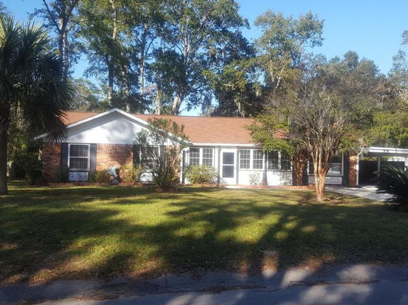 3 bed 2 bath Single Family at 2505 Azalea Dr Beaufort, SC, 29902 is for sale at 199k - 1 of 4