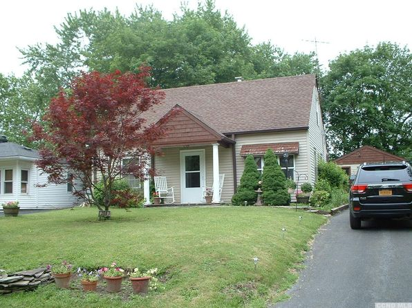 3 bed 1 bath Single Family at 266 Lincoln Blvd Hudson, NY, 12534 is for sale at 120k - 1 of 6