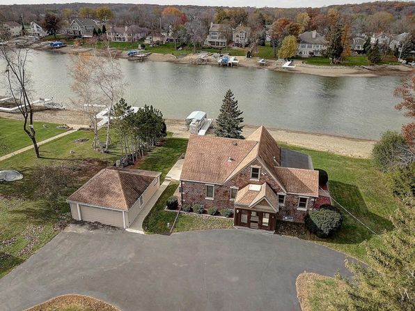 3 bed 1 bath Single Family at S76W18601 Kingston Dr Muskego, WI, 53150 is for sale at 540k - 1 of 24