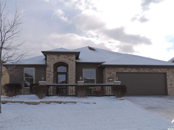 4 bed 3 bath Single Family at 3907 BELLFLOWER ST LAWRENCE, KS, 66049 is for sale at 330k - 1 of 17