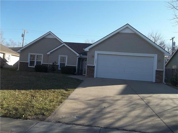 3 bed 2 bath Single Family at 1329 S Pine St Ottawa, KS, 66067 is for sale at 149k - 1 of 11