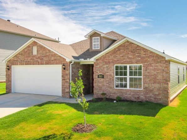 3 bed 2 bath Single Family at 707 SW Loudon Dr. Dr Bentonville, AR, 72712 is for sale at 160k - 1 of 11