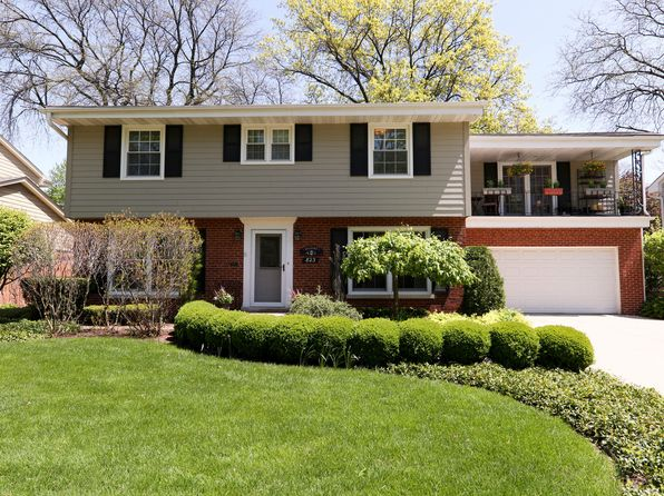 5 bed 5 bath Single Family at 823 S Washington St Elmhurst, IL, 60126 is for sale at 650k - 1 of 27