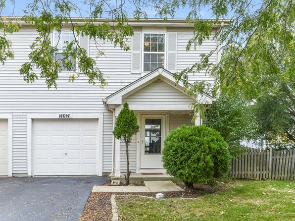 2 bed 2 bath Townhouse at 14014 Emerson Ct Plainfield, IL, 60544 is for sale at 149k - 1 of 34