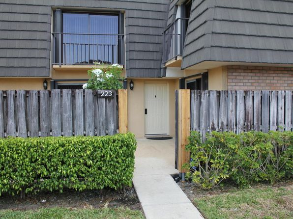 2 bed 3 bath Townhouse at 223 2nd Way West Palm Beach, FL, 33407 is for sale at 170k - 1 of 34