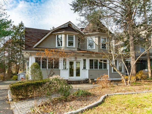 5 bed 3 bath Single Family at 142 Doremus Ave Ridgewood, NJ, 07450 is for sale at 795k - 1 of 39