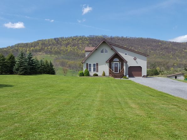 4 bed 3 bath Single Family at 155 Twin Oaks Dr Maysville, WV, 26833 is for sale at 195k - 1 of 33