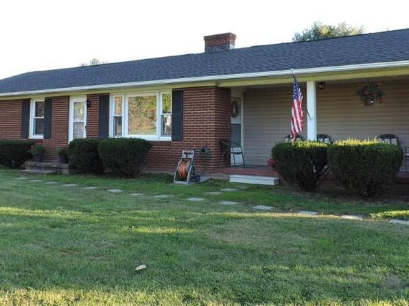 3 bed 1 bath Single Family at 10 Friendship Ln Stuarts Draft, VA, 24477 is for sale at 160k - 1 of 36