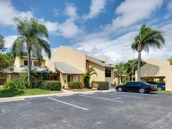 2 bed 2 bath Townhouse at 15041 PADDLE CREEK DR FORT MYERS, FL, 33919 is for sale at 155k - 1 of 25