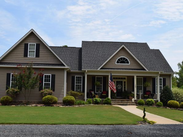 3 bed 2 bath Single Family at 702 Connell Rd Carthage, NC, 28327 is for sale at 289k - 1 of 49
