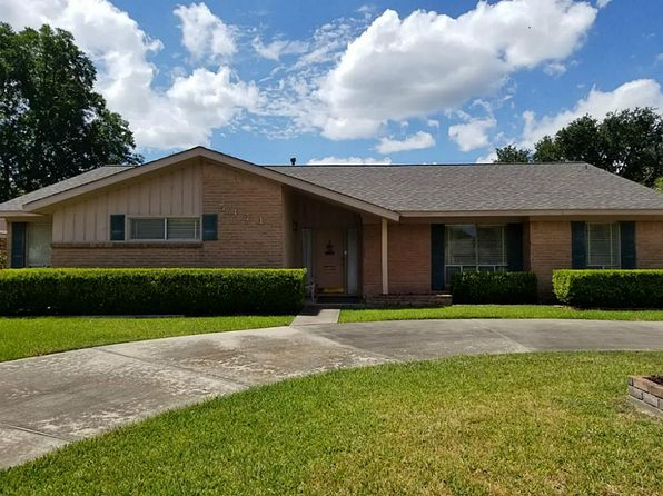 4 bed 2.5 bath Single Family at 5471 Beechnut St Houston, TX, 77096 is for sale at 299k - 1 of 15